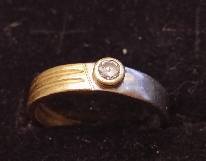 Women's ring in two-tone 18 kt gold with diamonds (0.25 ct) - size 16 (IT) - inner diameter: 17.7 mm