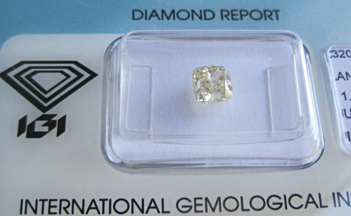 1 pcs Diamant - 1.02 ct - Kissen - U-V, Light Yellow - I1
