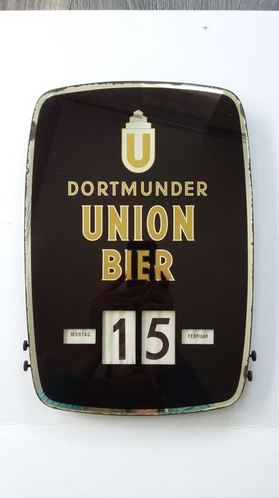 Glass advertising sign - Dortmunder Union beer - with perpetual calendar
