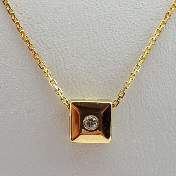 14Ct  Yellow Gold Necklace With Diamond, Chain 50 cm, Pendant 0.5cm, Total Weight 2.60g