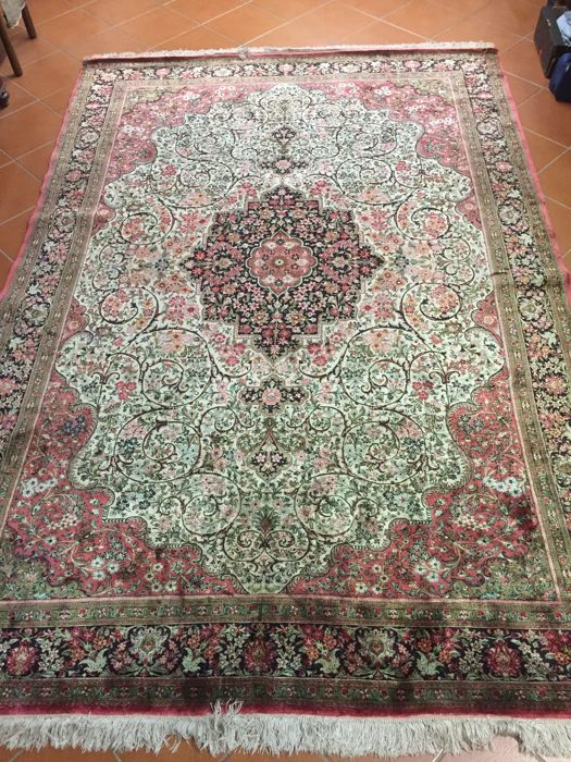 Hand-knotted Persian rug - Persian Qom silk - dimensions: 205 x 305 cm - late 20th century