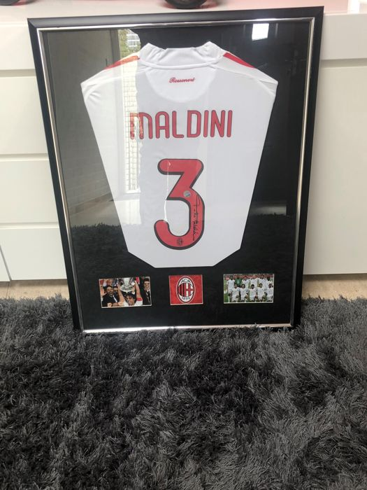 Paolo Maldini  Signed 2008-09 AC Milan Player Issue Away Shirt COA No Rp Price !