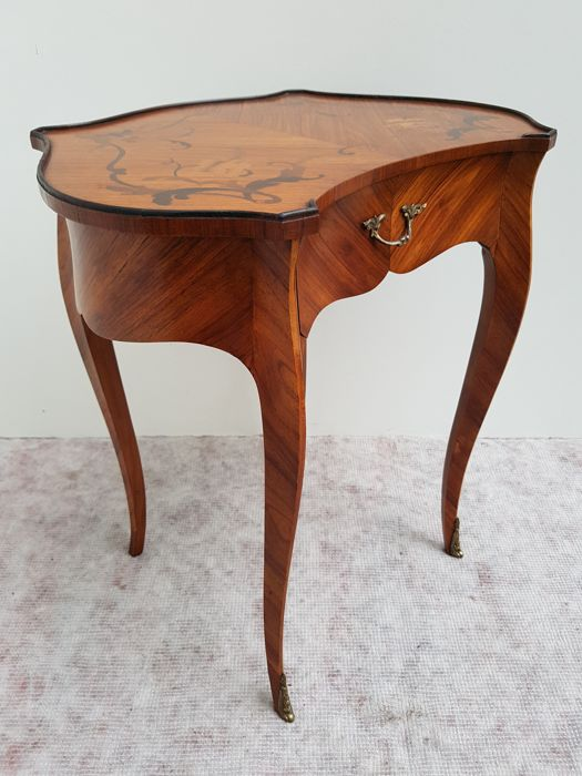 Louis XV rosewood marquetry table - France - early 20th century