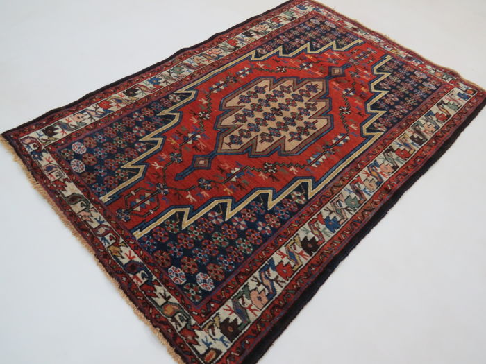 Semi antique Mazleghan, Iran, 153 x 100 cm circa 1975