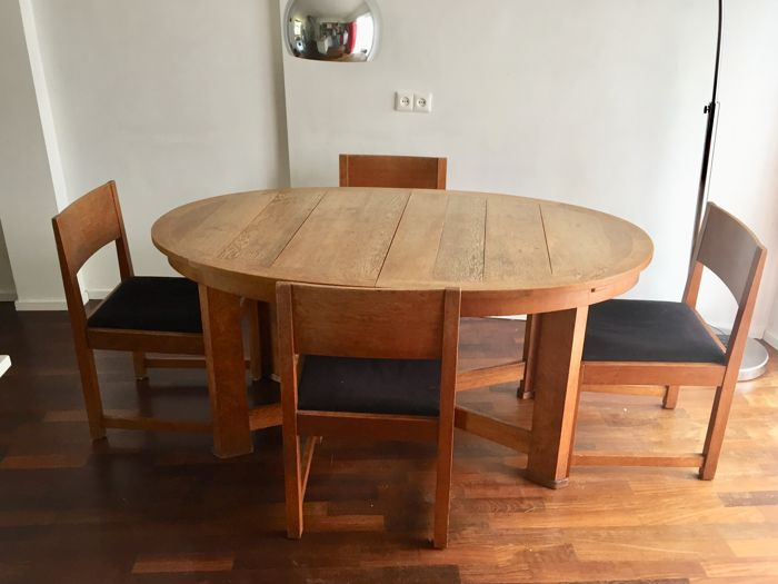 7-piece oak the Hague School/Art Deco dining room furniture: dining room  table with 6 chairs - Catawiki