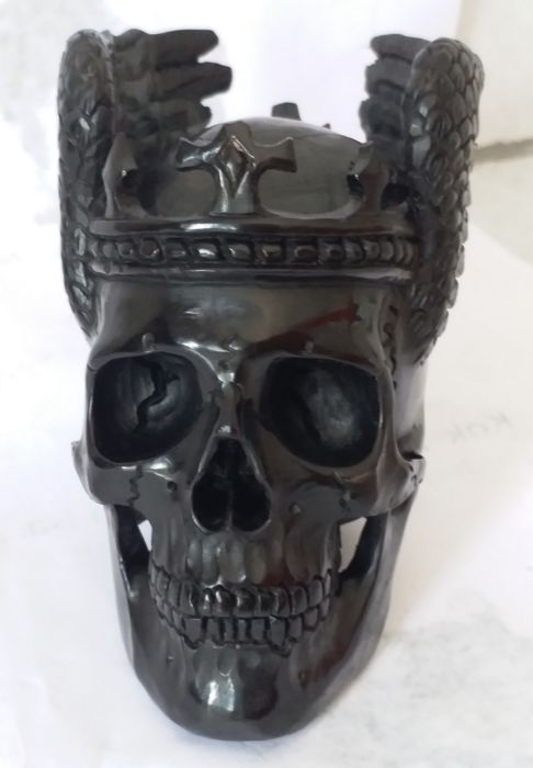 Skull Crown Made From Buffalo Horn - Height 7cm, Length 7.5cm, Width 5cm - 3.8oz