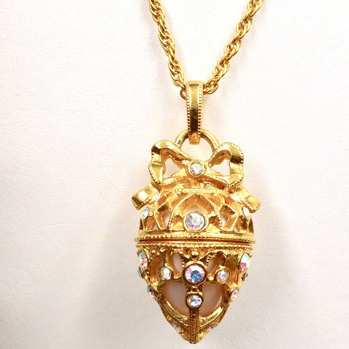 Joan rivers classics collection faberge egg pendant and necklace joan rivers classics collection faberge egg pendant and necklace gold plated with 34 aloadofball Gallery