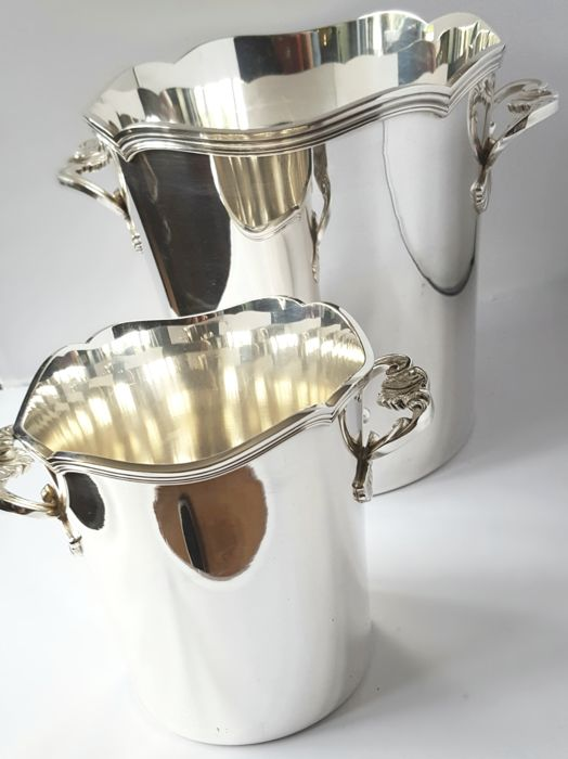 Silver-plated wine cooler with matching silver-plated ice bucket, France, marked PEMAJ, Vuillermet Aines from Lyon, first half 20th century
