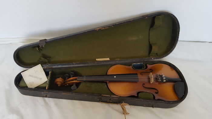 An antique in Victorian case by Rosetti