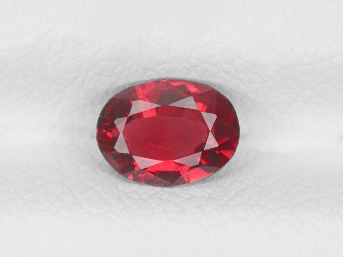 Ruby - 0.73 ct