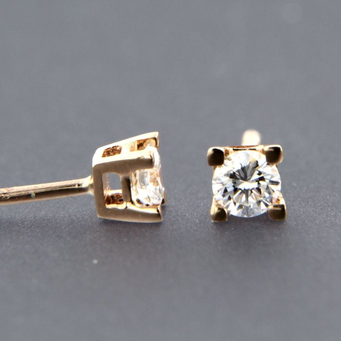14 kt rose gold solitaire ear studs set with brilliant cut diamonds, approx. 0.30 ct - size 3.8 mm wide