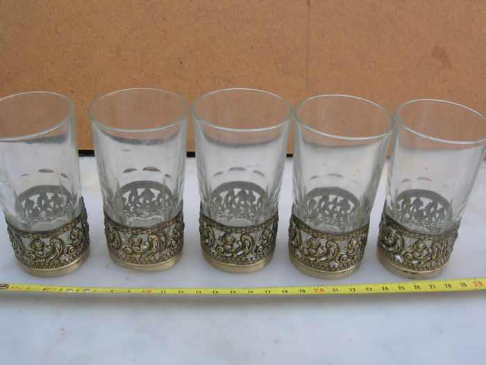 Lot of 5 glasses with silver base
