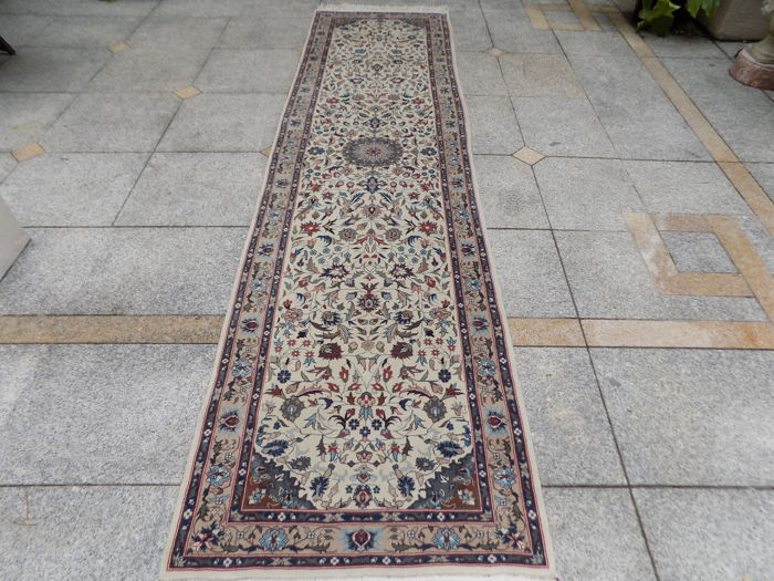 Chinese wool runner 330/80 cm