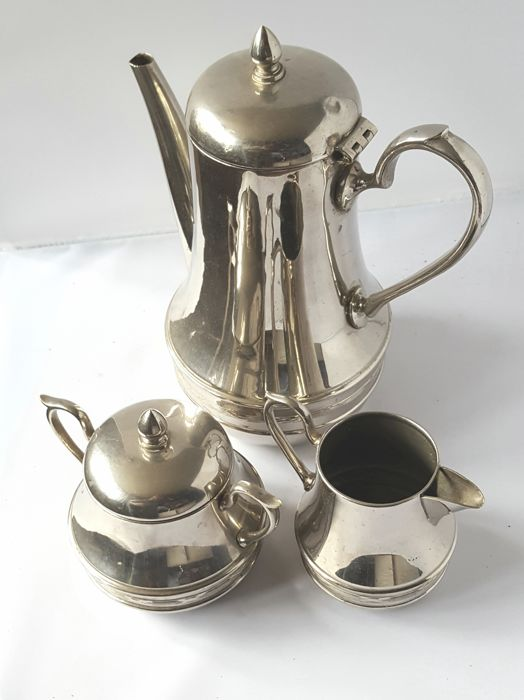 Metal / silver-plated 3-piece coffee / tea set, consisting of pot, sugar and milk jug