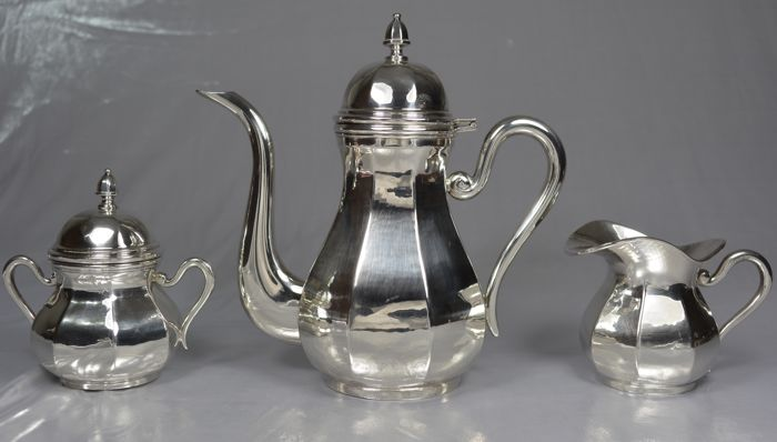 Individual coffee set, silver, three pieces, Italy, 20th century