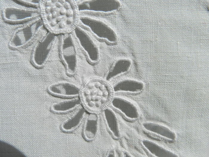 Antique linen double bed sheet, handmade, with large openwork ...