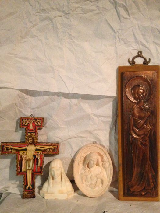 Wooden Orthodox cross, two plaster sculptures of Jesus and Mary plus the Virgin made from a French handcrafted copper board