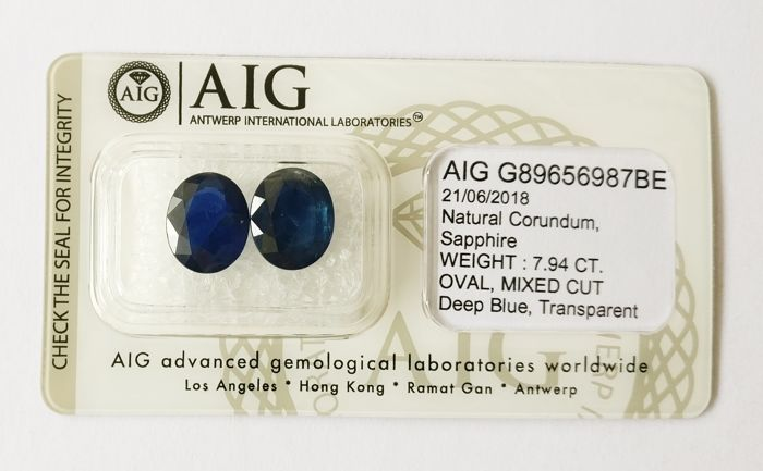 Couple of 2 Sapphire Deep Blue 7.94 ct