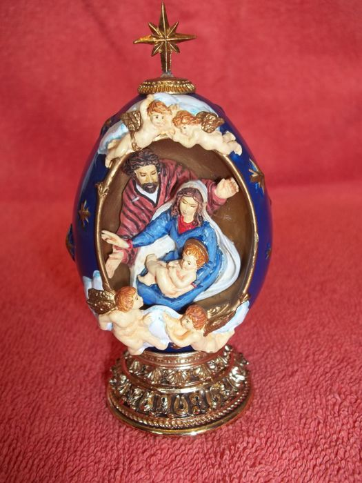 "House of Fabergé - ""The Nativity"" - A Nativity Collector Egg - Limited Edition - Marked - Very good condition."