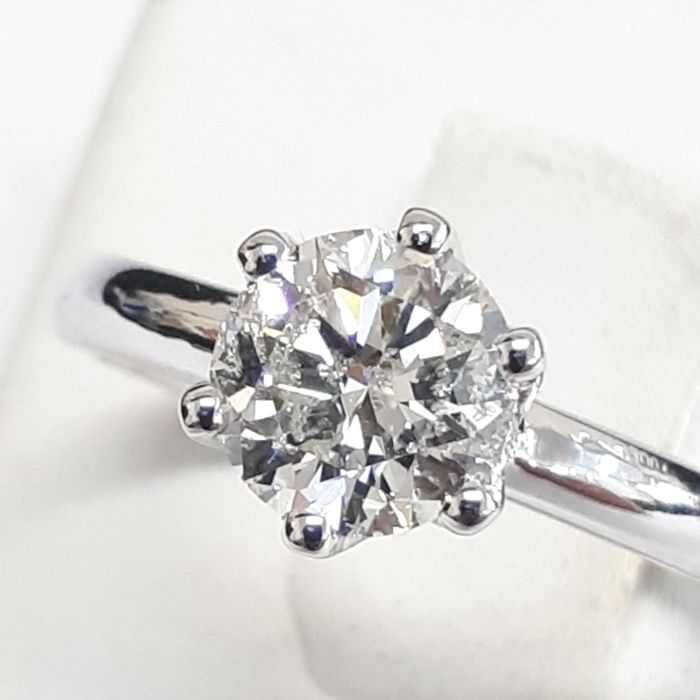 14k white gold solitaire &1.04 ct F color SI2 - size 52