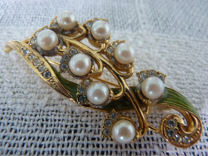 Danecraft  Lily of the valley brooch, collectible, 1940's