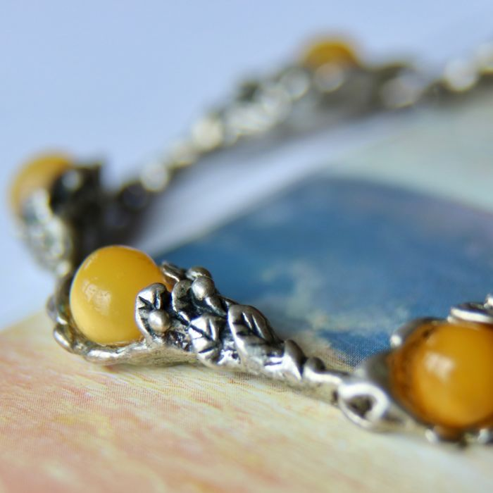Ca. 1920 Art Nouveau handcrafted rare antique bracelet with natural Butterscotch Baltic Ambers approx. 2.5Ct. total.