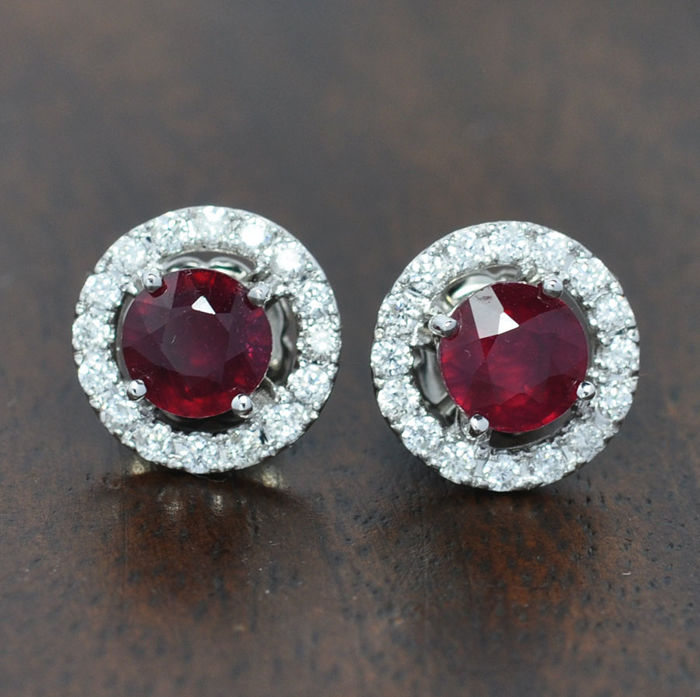 18t white gold Ruby and Diamonds earring can be saparate in 2 pieces - Earring size: 11,00 x 11,00  mm