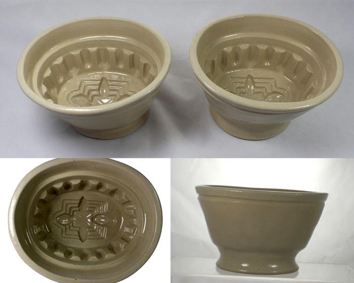 Lovatt's Langley Ware - Lot of 2 vintage pottery jelly moulds