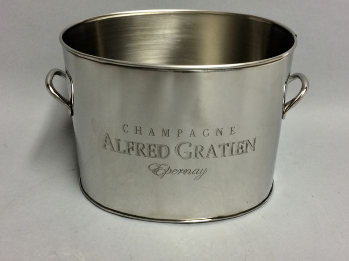 Oval shaped Champagne Cooler Alfred Gratien with two handles, 21st century