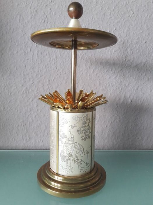 Fine vintage / mid century cigarette dispenser - / box in the form of a Chinese pagoda with very nice decor for 25 cigarettes - rare