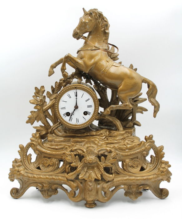 Parisian mantel clock model Empire, French - period 1870-1890