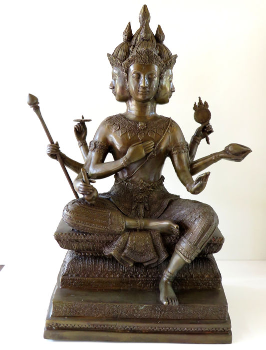 XL Statue depicting  Hindu God Brahma ( 49 cm / 14,5 KG ) with 4 heads and 8 arms - India - late 20th century