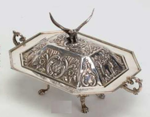 MONTEJO. Legume dish, in silver. Spain, early 20th. 465 g