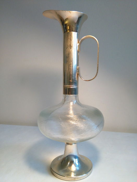 Silver plated decanter made by distilleries Buton in Bologna (Italy, 1950)