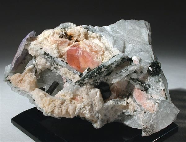 Pezzottaite Crystals on matrix - 6.5x4.5x3.5 cm - 85 g