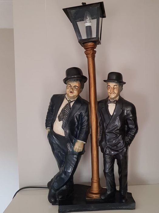 large laurel hardy sculpture with lantern 83 cm tall 32 7 inch catawiki. Black Bedroom Furniture Sets. Home Design Ideas