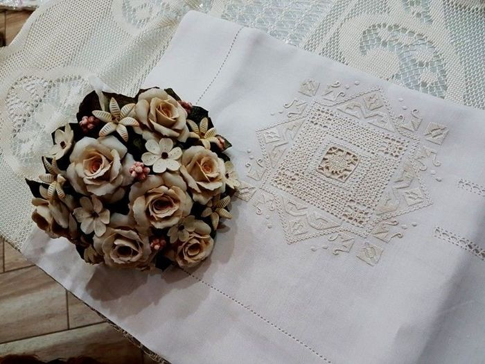 Double bed sheet in 100% pure linen with hand needlepoint embroidery - Linen - After 2000