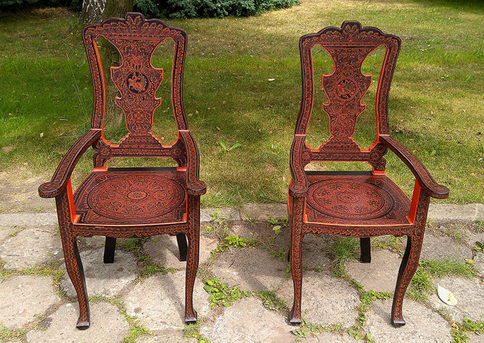 Designer Unknow, Two oriental style armchairs, hand painted decorated with a phoenix - Mid Century