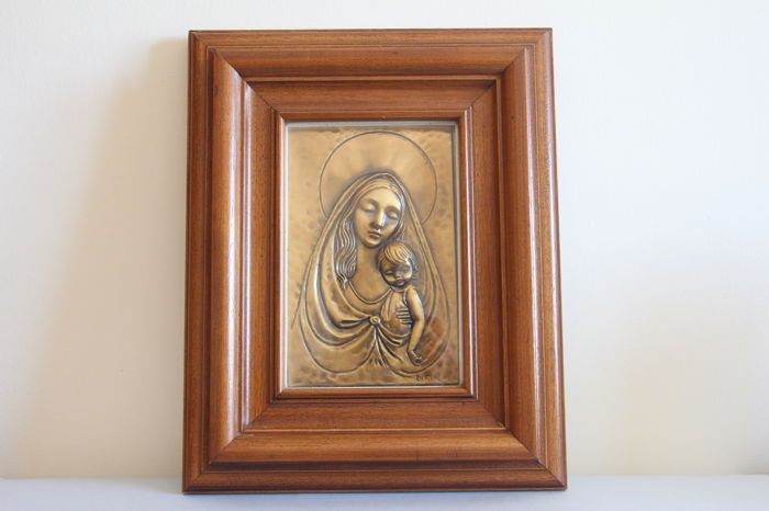 Copper bas-relief - signed with wooden frame