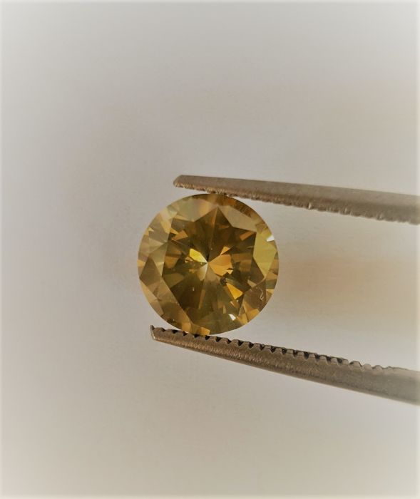 2.086 Carat/NATURAL-DIAMOND/Round Brilliant cut/Fancy VIVID Greenish Yellow/VS2