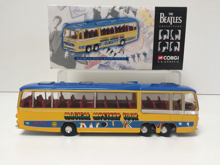 The Beatles - The Magical Mystery Tour bus + Driver - Catawiki
