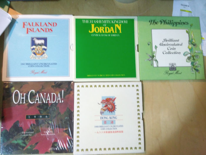 World - Lot various coin sets (5 pieces)