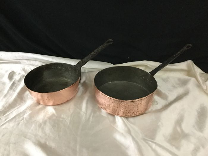 Lot of 2 tinned copper pans - France - Late 19th century