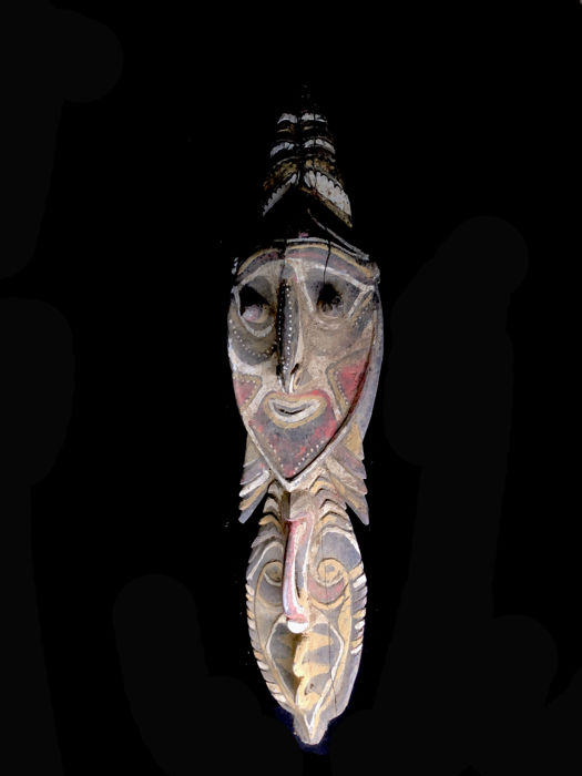 Ancient Minja figure with faces on both sides - WASHKUK (Sepik River) -  Papua New-Guinea