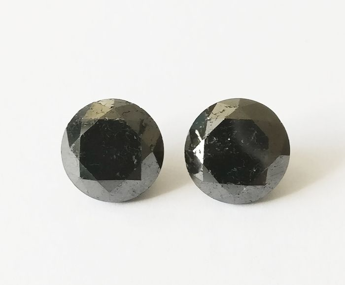 Couple of 2 Round cut diamond total 8.36 ct Fancy Black