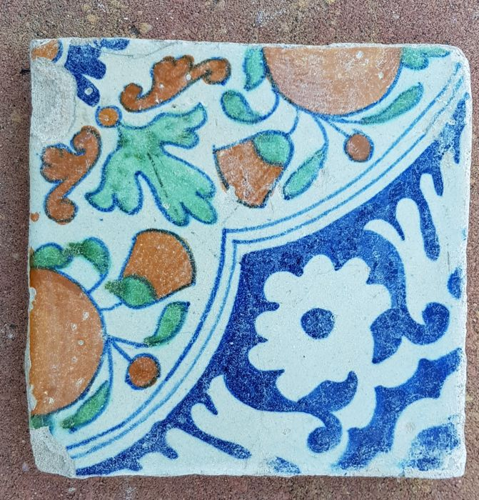 Tile - Ornament