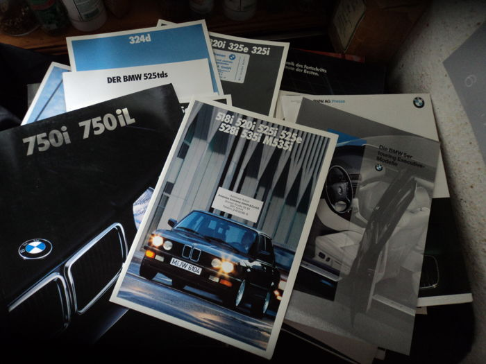 Brochures / Catalogi - BMW - 1980-1999 (37 items)