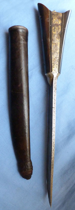 Large 19th Century Indian Kard Dagger with Jewelled Pommel