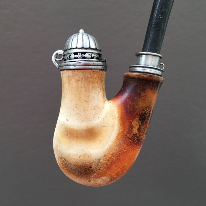 Meerschaum coloured antique pipe - Ulmer Kloben, Vienna - ca. 1840