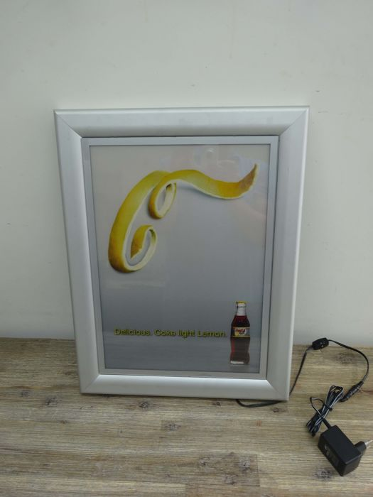 Coca cola illuminated advertising - Delicious Coke light Lemon - 2001